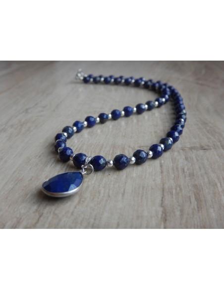 Collier en pierres naturelles de lapis lazuli