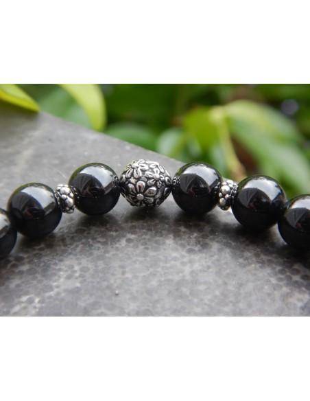 Bracelet en spinelle, perles de 8 mm et sa fleur de lotus