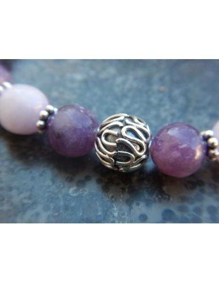 Bracelet en pierres naturelles de lépidolite violette et de kunzite