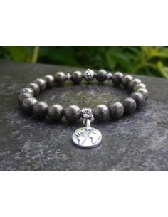 """Bracelet en pyrite perles de 8 mm et sa médaille """"Terre"""""""