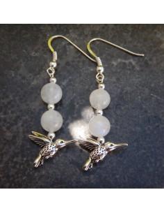 Boucle d'oreilles en pierre de lune et son colibri
