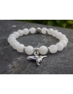 Bracelet en pierre de lune, perles 8 mm et sa médaille colibri