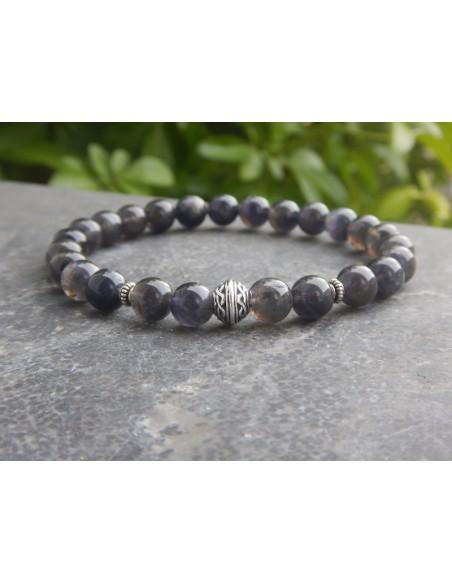 Bracelet en iolite et sa perle celtique