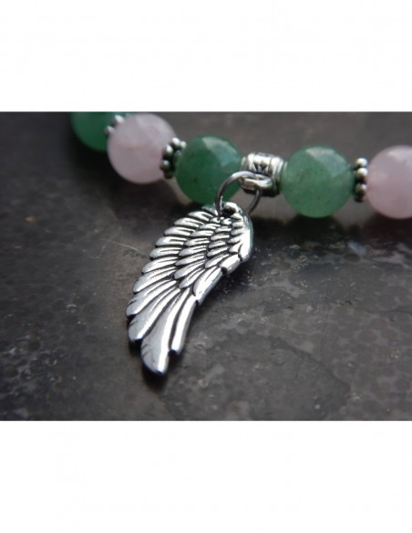 Bracelet en pierres naturelles d'aventurine et quartz rose, médaille aile d'ange et perle bouddha en métal argenté