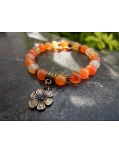 Bracelet femme sur mesure, en pierres naturelles de cornaline, perles orangées de 8 mm, médaille fleur en métal bronze
